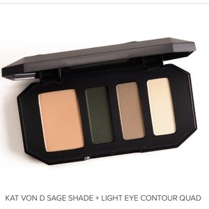 Kat Von D Shade & Light eye shadow quad